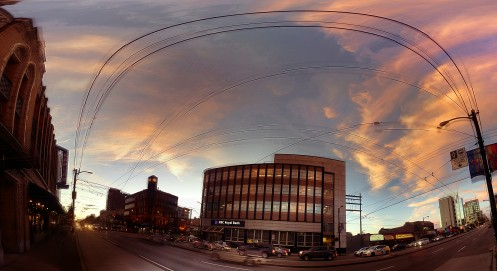 pano-sunst-clouds-w-broadway