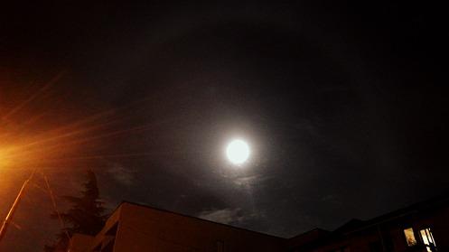 moon-9-45pm-10-07-2014-02