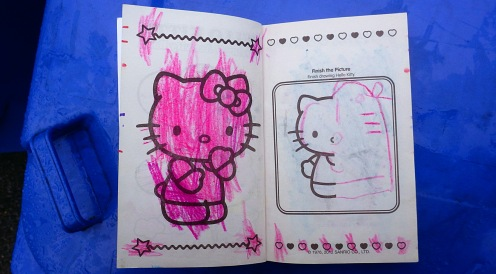 hello-kitty-colour-01