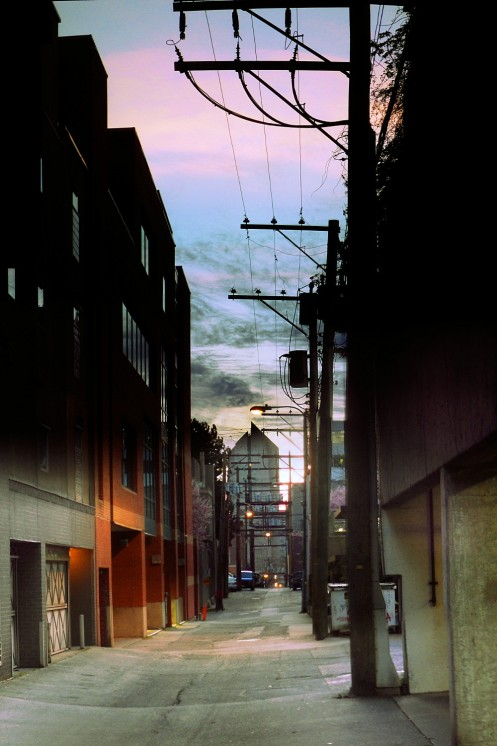 alley-e-to-broadway-centre