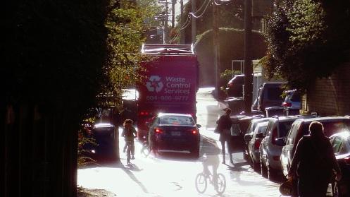 morning-alley-traffic