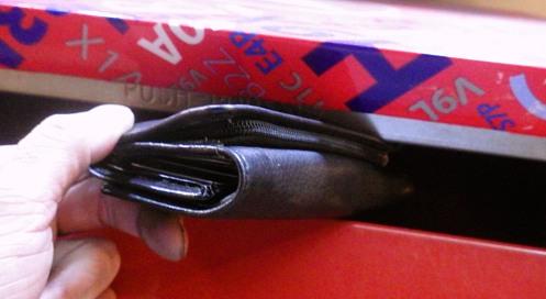 found-wallet-02