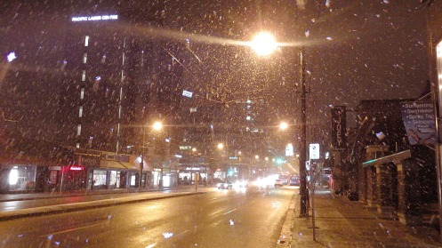 snow-on-w-broadway-at-7am
