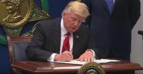 trump-signing-travel-ban